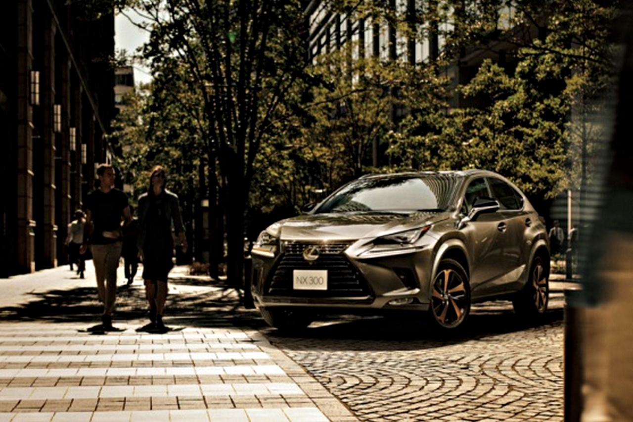 Samochody Lexus